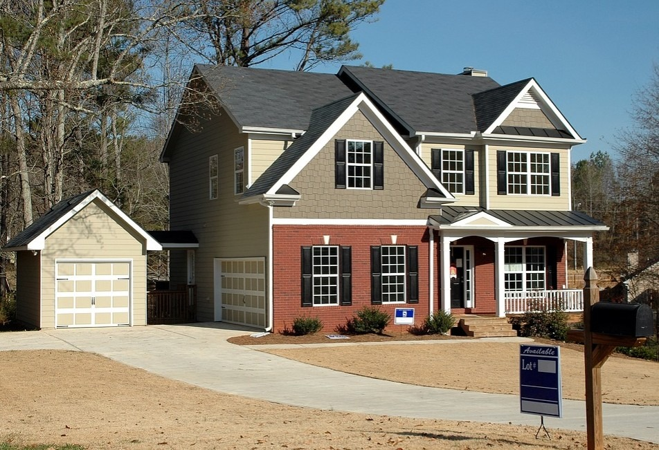 Effective Methods for Selling Your Home for Top Dollar