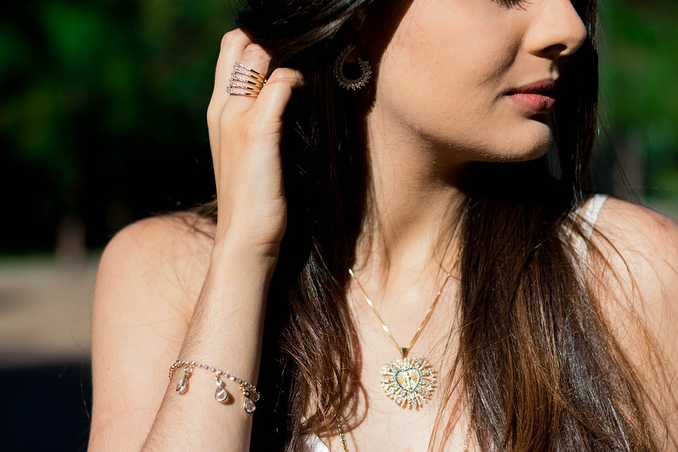 Timeless Pieces Of Jewellery For Women